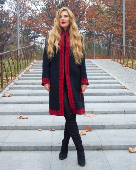 EMBROIDERED WOOL COAT - Passion