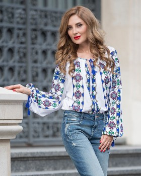 BOHEMIAN HANDMADE EMBROIDERED BLOUSE - Magnificent