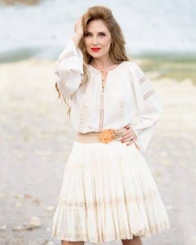 BOHEMIAN HANDMADE EMBROIDERED BLOUSE - Amber