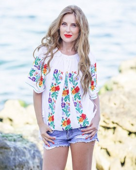 BOHEMIAN HANDMADE EMBROIDERED BLOUSE - May Flowers in Bloom