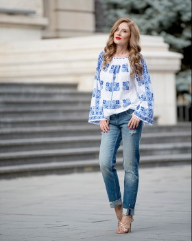 BOHEMIAN HANDMADE EMBROIDERED BLOUSE - Blue Flax Flower